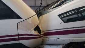 Una imagen de la colisión entre los dos trenes de alta velocidad.