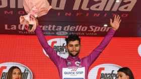 Fernando  Gaviria durante la presenta edición del Giro de Italia.