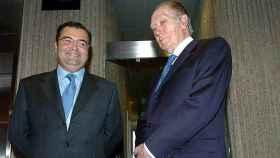 A la derecha, el ex presidente del Popular, Luis Valls, con su sucesor, un joven Ángel Ron, en una imagen de 2004.