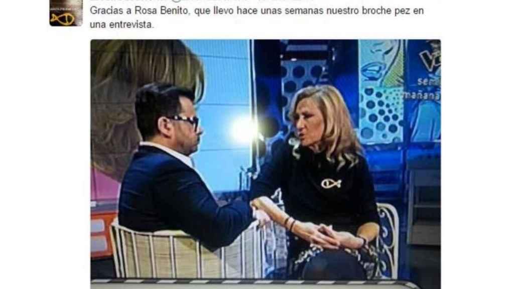Los broches de la firma de Beatriz Saura llegaron al programa Sálvame, de Telecinco.