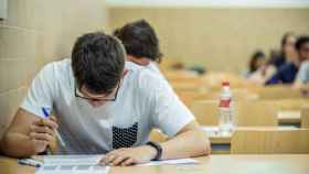 Casi 58.000 alumnos se han examinado este viernes de la 'reválida' de 4º de ESO en Madrid