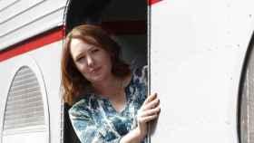 Paula Hawkins durante la campaña de promoción de su primera novela, La chica del tren.
