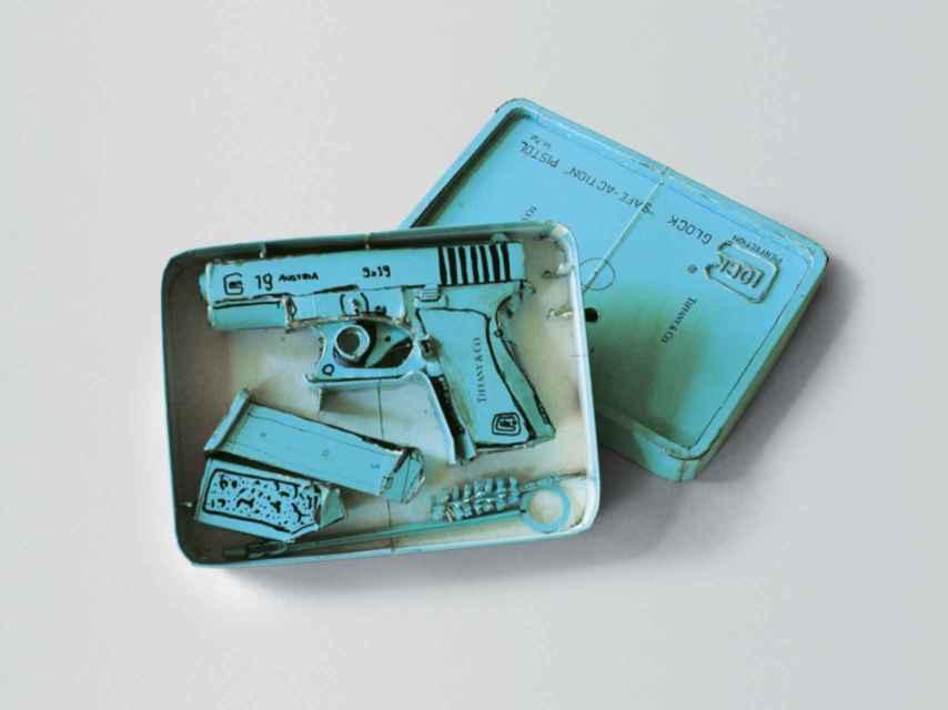 La pistola de Tiffany de Sachs.