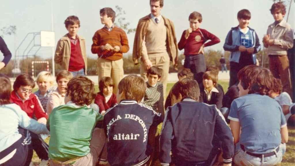 Alumnos del colegio Altair durante los primeros cursos tras abrir sus puertas en 1967