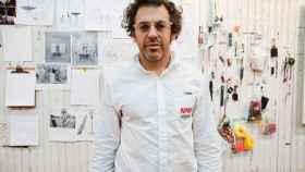 El artista estadounidense Tom Sachs.