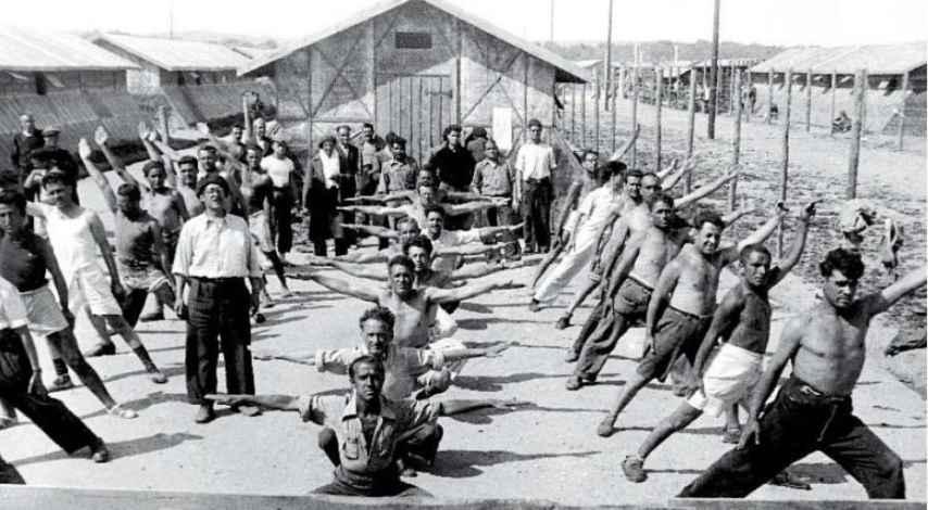 Campo de concentración de Bram, en 1939, por Agustí Centelles.