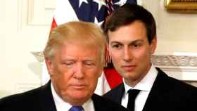 Kushner, junto a Donald Trump.