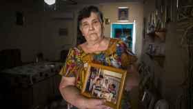 Pepa, a sus 75 años, vive aterrorizada por la inminente salida de la cárcel de su hijo