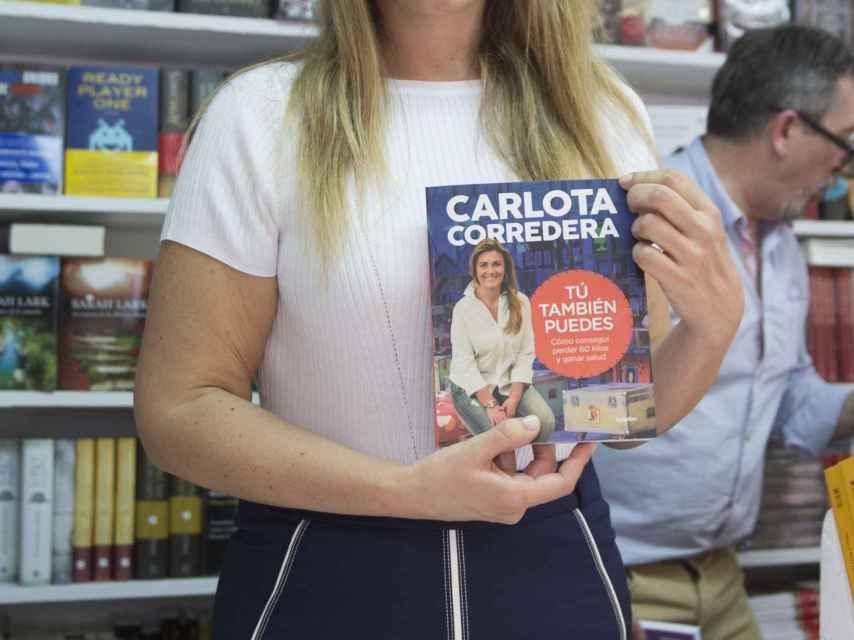 La presentadora, este fin de semana firmó ejemplares en la Feria del libro de Madrid.