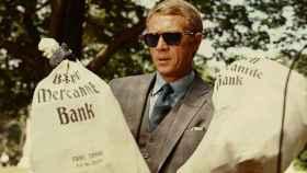 Steve McQueen con gafas Persol en El caso de Thomas Crown (1968).