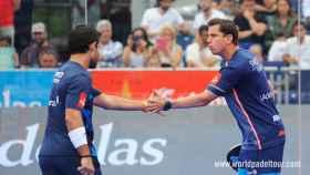 Sanyo Gutiérrez y Paquito Navarro celebran un punto en Barcelona.
