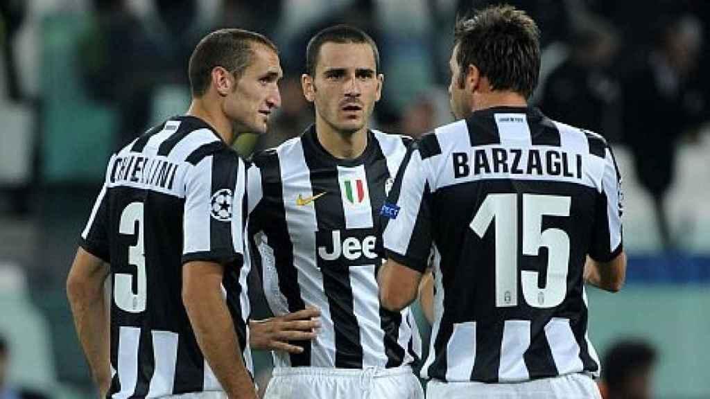 La BBC de la Juventus: Chiellini (i), Bonucci (c) y Barzagli (d).