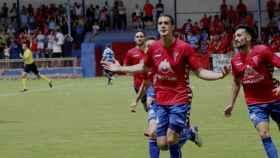 Calle celebrando el 3-0 frente al Cortes. Foto: Pedran Lozano (CP Villarrobledo)