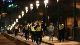 El héroe de Londres: un policía de tráfico, apuñalado en la cara al enfrentarse a los terroristas con una porra