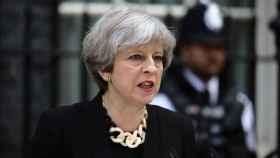 Theresa May, durante su comparecencia tras la reunión de urgencia en Londres.