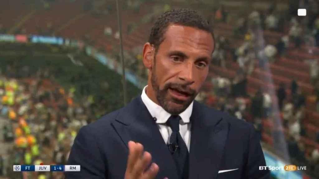 Rio Ferdinand en un programa de televisión