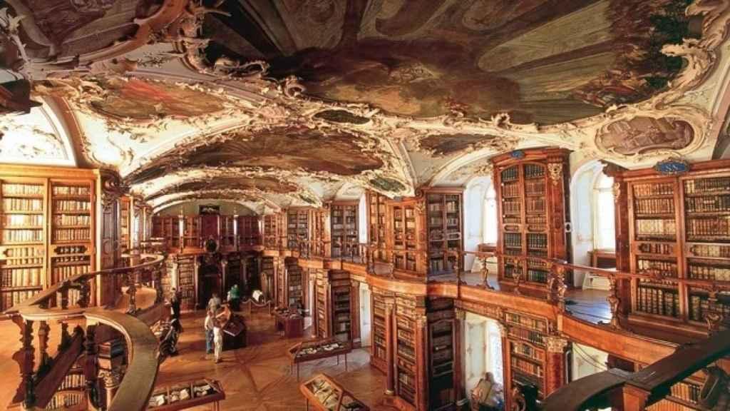 La biblioteca del Distrito Capitular de St.Gallen (Suiza).