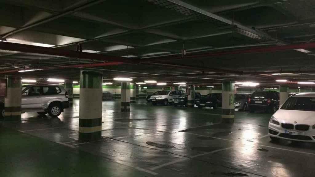 El aparcamiento de Hipercor, hoy, en el mismo lugar en el que los terroristas colocaron la carga.