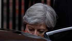 Theresa May, este viernes saliendo de la sede del Partido Conservador