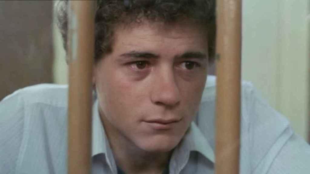 José Luis Manzano en una escena de la película 'El Pico', 1983.