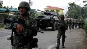 Tropas del Ejército filipino desplegadas en Marawi.