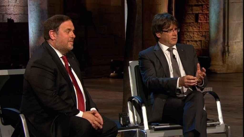 Junqueras y Puigdemont, durante una entrevista en TV3.