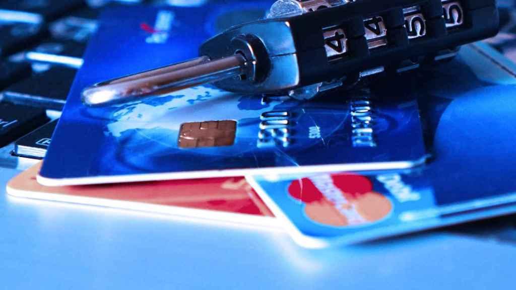 El peligro de los micropréstamos y tarjetas revolving: 10.000 euros más sólo en intereses.