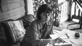 La escritora Carson McCullers, autora imprescindible de la literatura norteamericana del siglo XX.