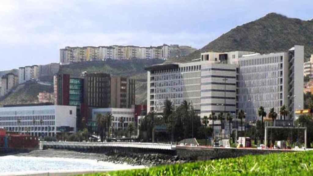 Los dos ancianos llevan seis meses viviendo en Urgencias del Hospital Insular de Gran Canaria.