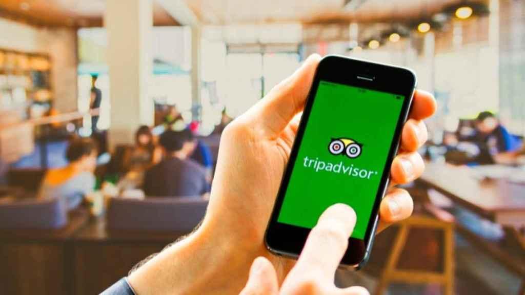 App Tripadvisor instalada en un móvil.