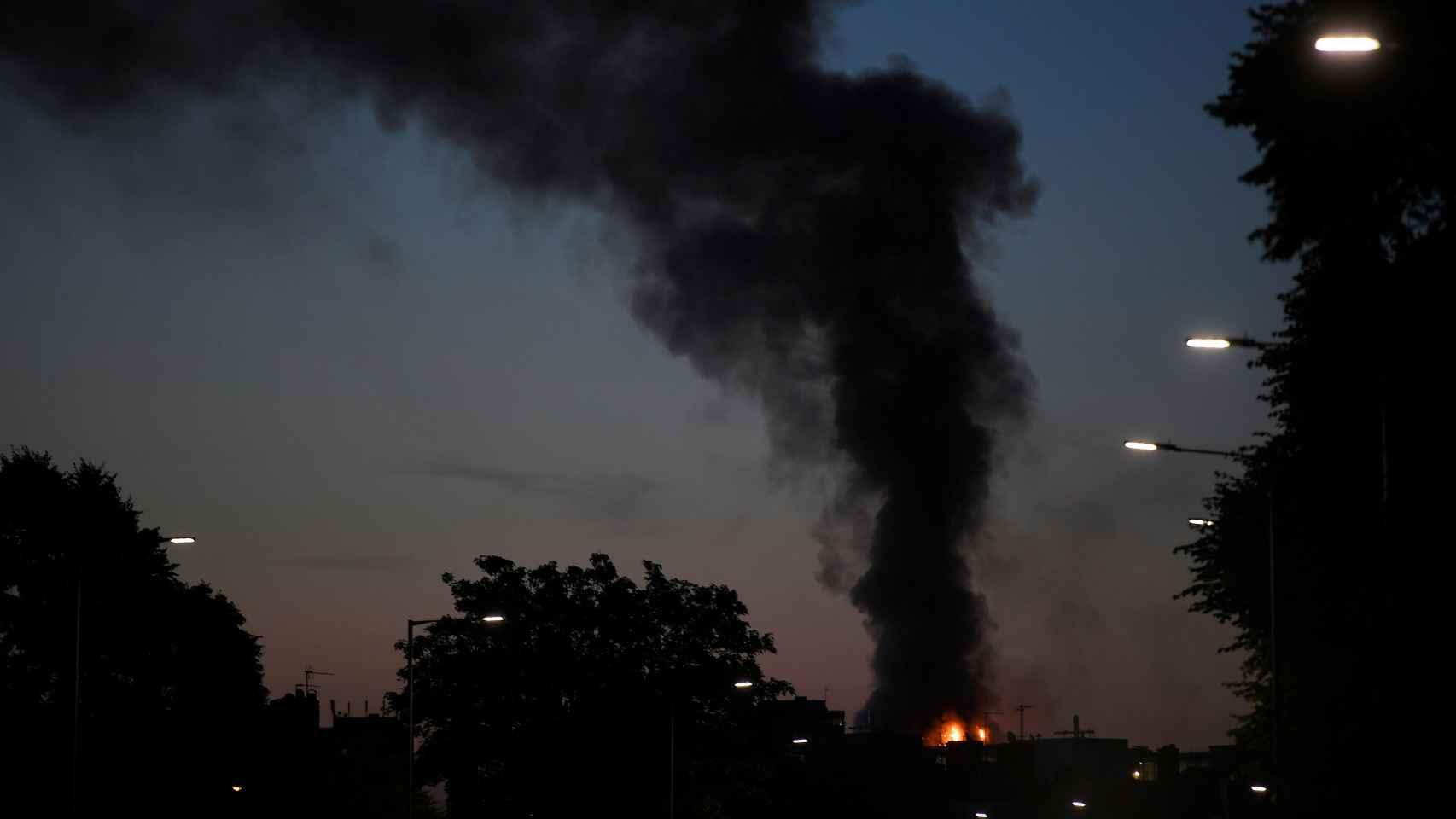 El incendio comenzó a las 2.15 hora española