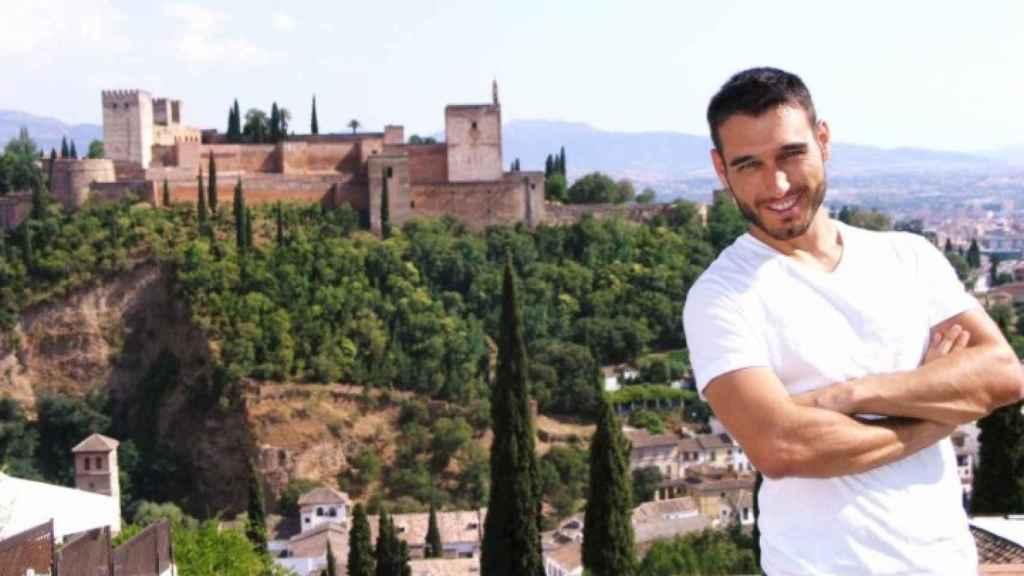 El agente Arco en la fotografía de su ficha como candidato a Mister Gay España