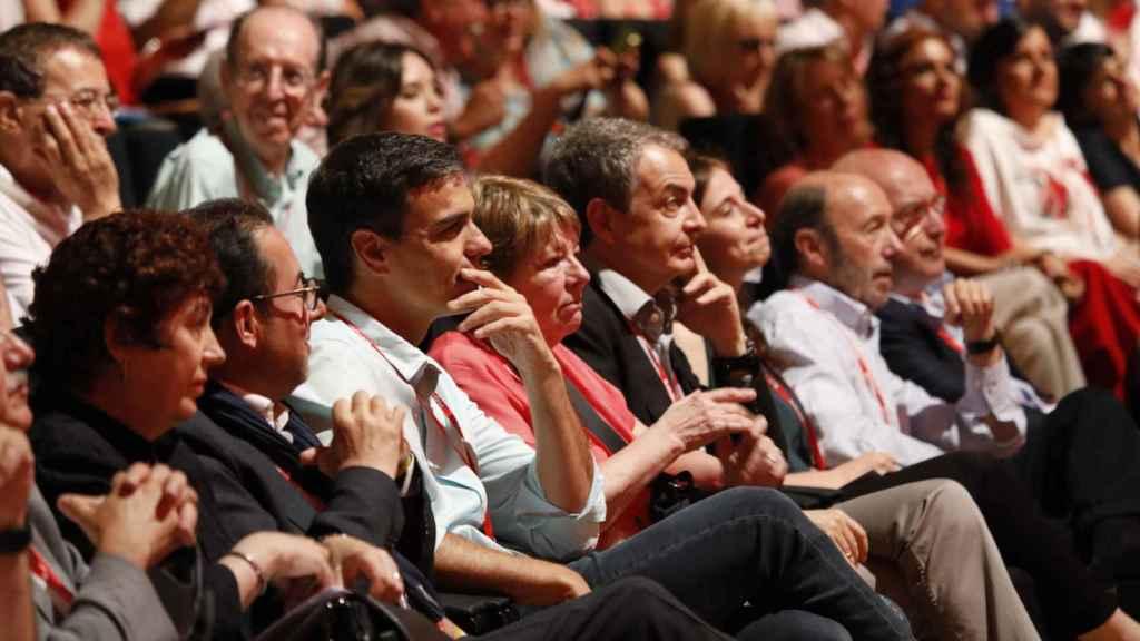 Sánchez, Zapatero y Rubalcaba, durante el 39 congreso federal del PSOE.