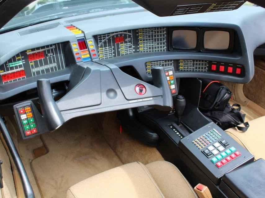 El salpicadero del coche de Michael Miralles es la pieza más cara del coche: 10.000 euros