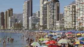 Una imagen de archivo la playa de Benidorm.