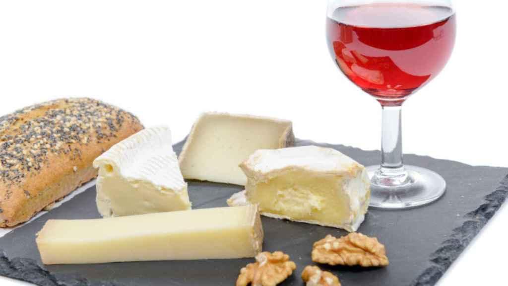 La combinación perfecta: vino y queso.
