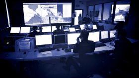 Sala de control operativo de la Guardia Costera italiana