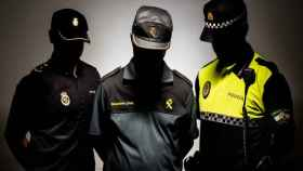 Los tres agentes destinados en La Línea de la Concepción con los que habla EL ESPAÑOL
