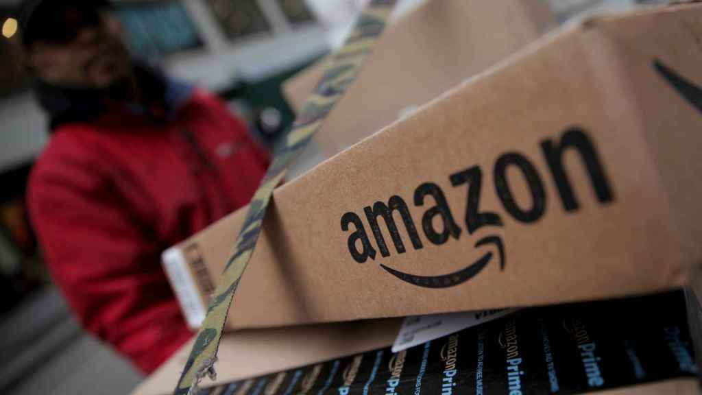 Paquetes de Amazon en un almacén de Nueva York.