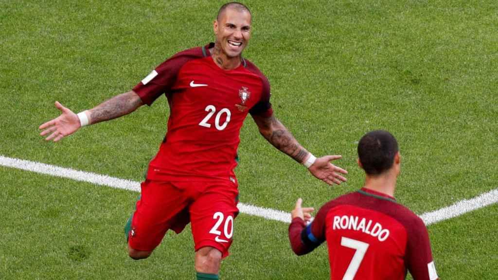 Quaresma celebra con Cristiano un gol en esta Confederaciones.