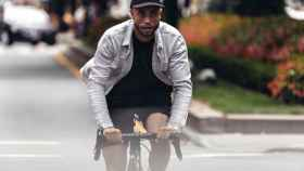 Levi's Commuter es la nueva colección de la marca para los ciclistas de ciudad. | Foto: Levi's.