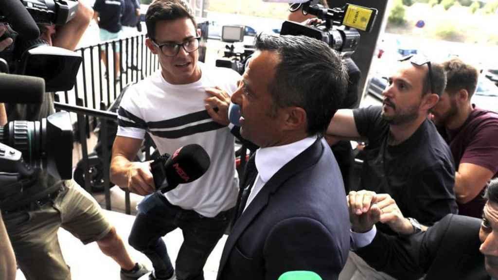 Jorge Mendes entra en los juzgados.