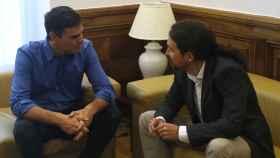 Uno de los encuentros mantenidos entre Sánchez e Iglesias.