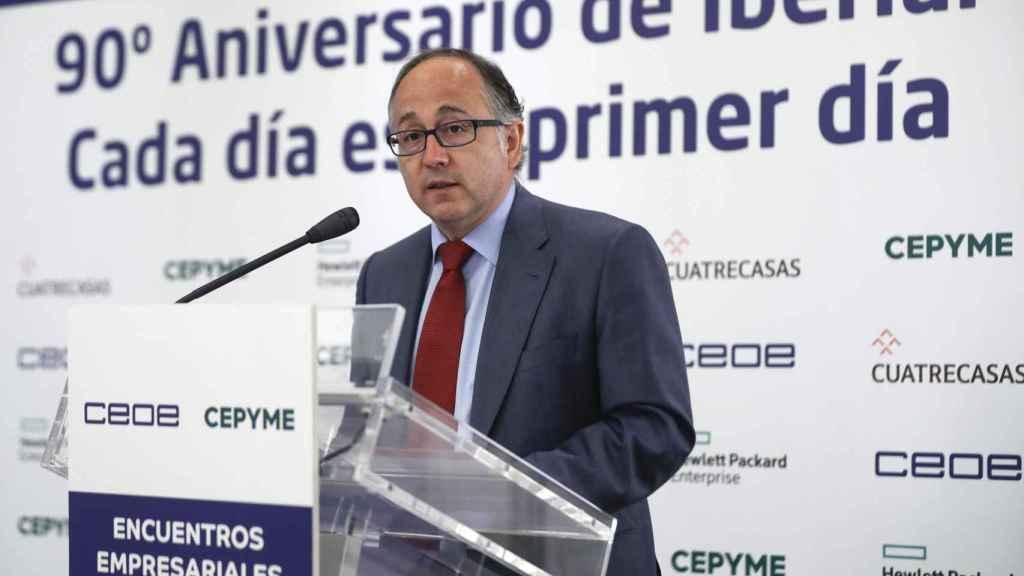Luis Gallego, presidente de Iberia, durante su discurso en el evento de la CEOE-Cepyme.