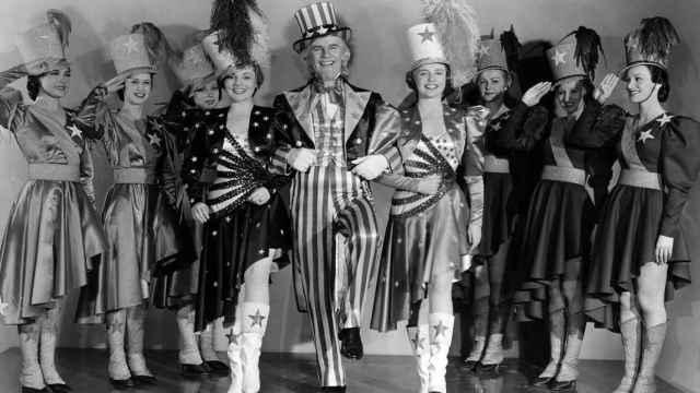 """Escena de la película """"Yankee Dandy"""", (1942)."""