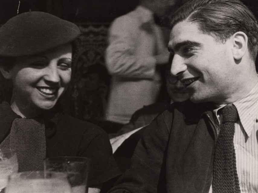 Gerda Taro y Robert Capa.