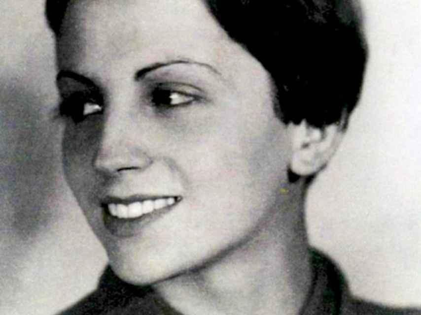 Gerda Taro, la primera fotoperiodista que acudió a un frente de guerra y la primera que murió en él.