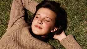 La joven y mediática actriz Millie Bobby Brown para el videoclip de 'The XX'. | Foto cortesía de la firma.