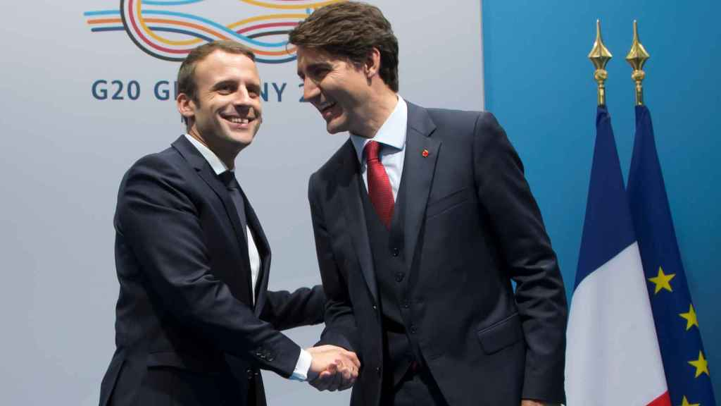 El presidente francés, Emmanuel Macron, y el primer ministro de Canadá, Justin Trudeau