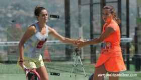 Marta Ortega y Ariana Sánchez celebran un punto.